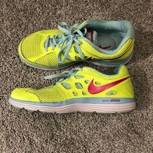 Like new Nike Dual Fusion